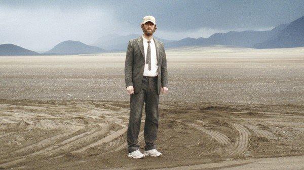 16 фильмов с меняющейся реальностью